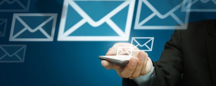 Faut-il recourir aux bases d'emails gratuits proposés sur le web ?